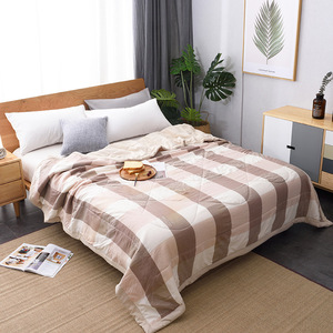 Winter Air-conditioning Quilt Soft Breathable Throw Blanket Thin Stripe Plaid Comforter Bed Cover Bedspread(China)