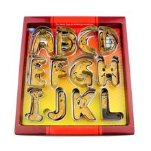 Alfabeto de letras inglesas de gran tamaño 26 conjunto de cortadores de galleta Paquete de regalo Fondant Cake mould Acero inoxidable DIY Biscuit Baking Tool