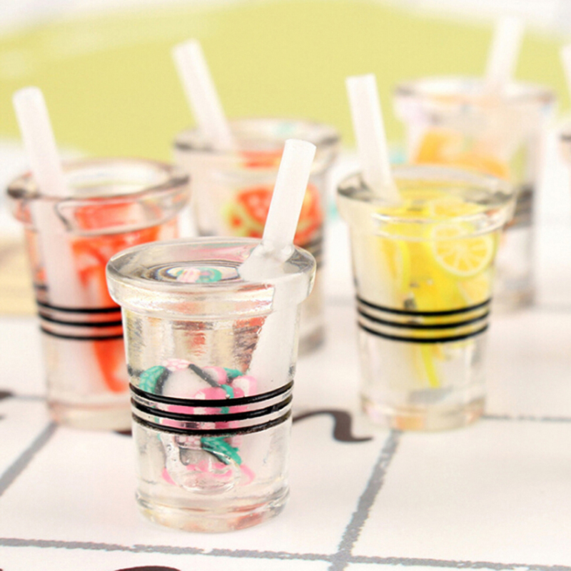 3Pcs Resin 1:12 Dollhouse Miniature Juice Cups Water Cup Miniature Dollhouse Accessories Cups Toy Mini Decoration Gifts