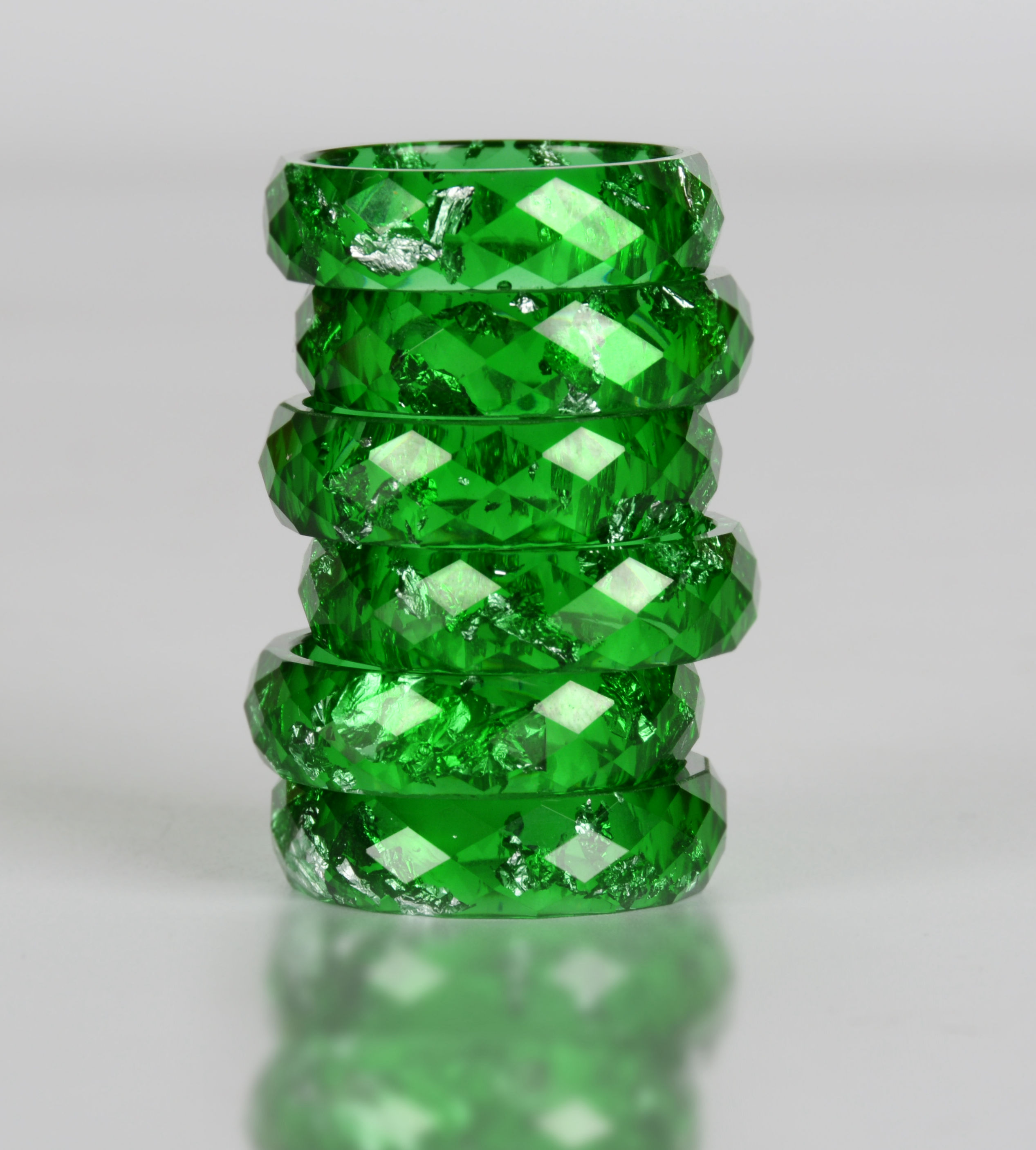 Hdf6acbba30d44c06b773d9caf260251di - Crystalic Resin Ring