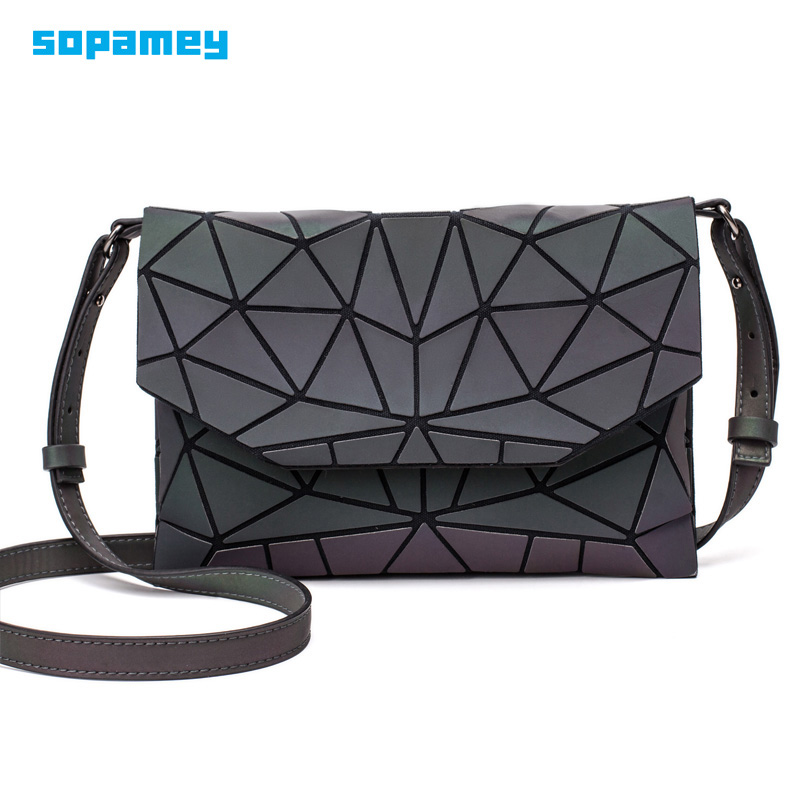 2019 New Geometric Women Evening Bag Chain Shoulder Bags Girls Fold Handbags And Purse Luminous Bag Casual Clutch Messenger Bag