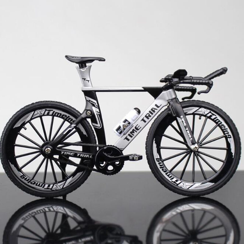 1/10 Scale Road Bike Model Toy Bend Racing Die-cast Metal Series Family Show Children Gi Bike Indoor Display Gift