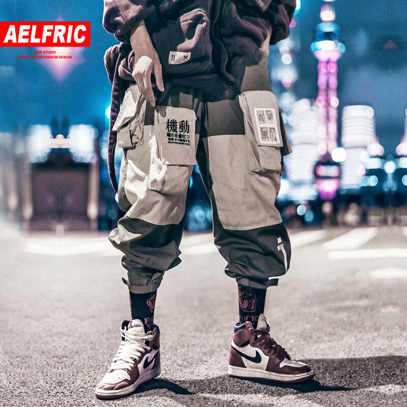 AELFRIC Patchwork Pockets Cargo Pants Men 2019 Harajuku Hip Hop Sweatpant Casual Male Joggers Track Trousers Streetwear Techwear