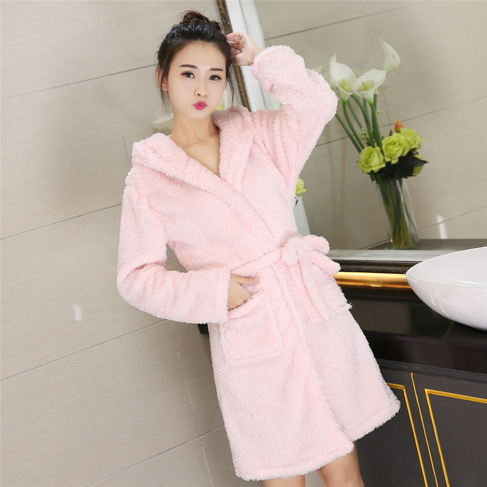 Short Belt Pyjamas Pocket Women Home Wear Bathrobe Hooded Coral Fleece Nightwear Flannel Soft Female Cute Sleepwear Kimono Gown