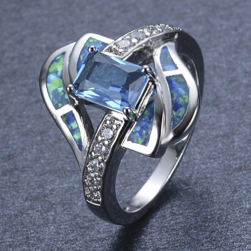 Vente chaude mode mariage bleu rectangulaire Zircon tempérament dames Banquet géométrique anneau vente entière bijoux pour les femmes