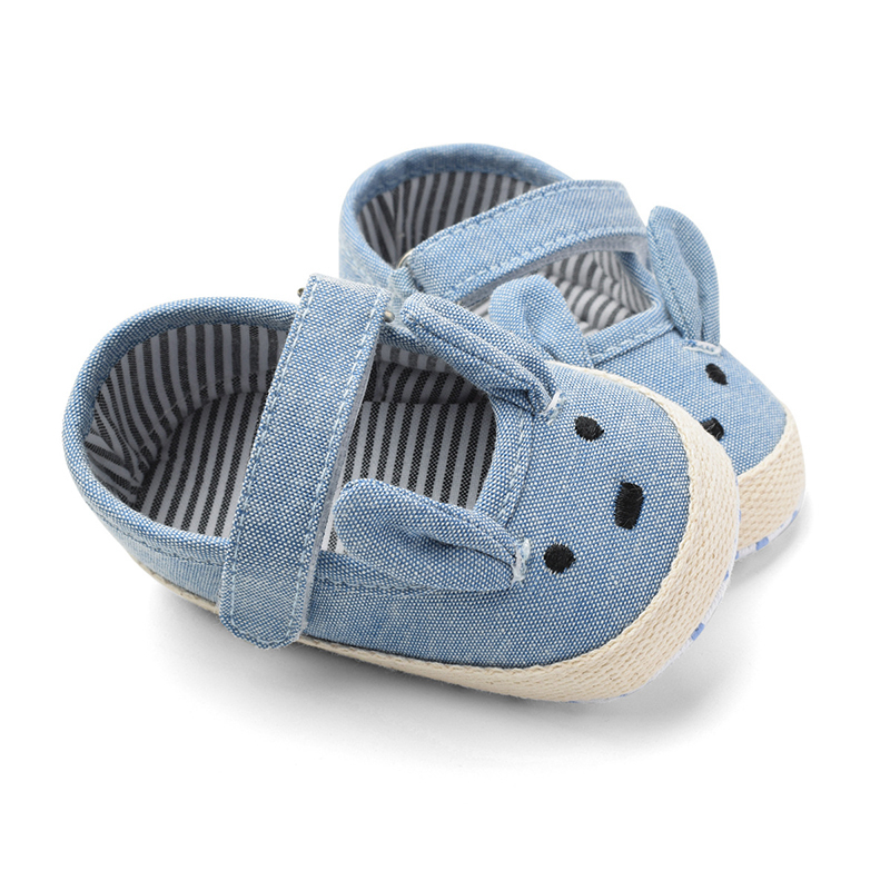Soft Sole Baby Boy Black Batman Crib Shoes Sneakers Size Newborn to 18 Months