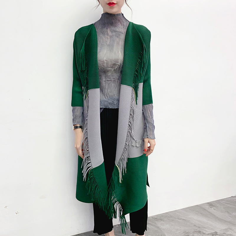 LANMREM 2020 Spring New Fashion Round Neck Contrast Color Long Paragraph Large Size Knitted Pleated Cardigan PB758
