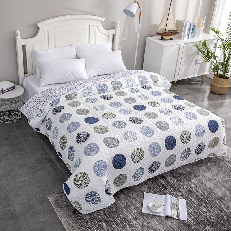 Summer Quilt / Comforter Floral Print Quilted Bedspread Blanket Duvet Quilt Plaid Patchwork Bed Cover For Adults (NO Pillowcase)
