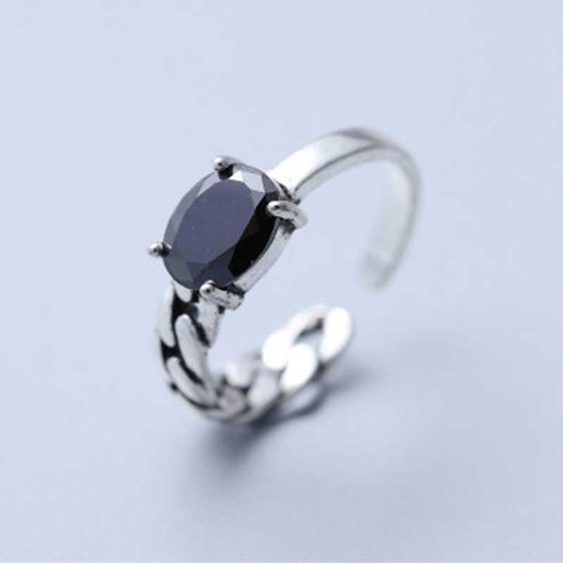 ผู้หญิงสุภาพสตรีแฟชั่นแกะสลัก VINTAGE เลียนแบบแหวนนิลสีดำเครื่องประดับออกแบบพิเศษ Elegant แหวน