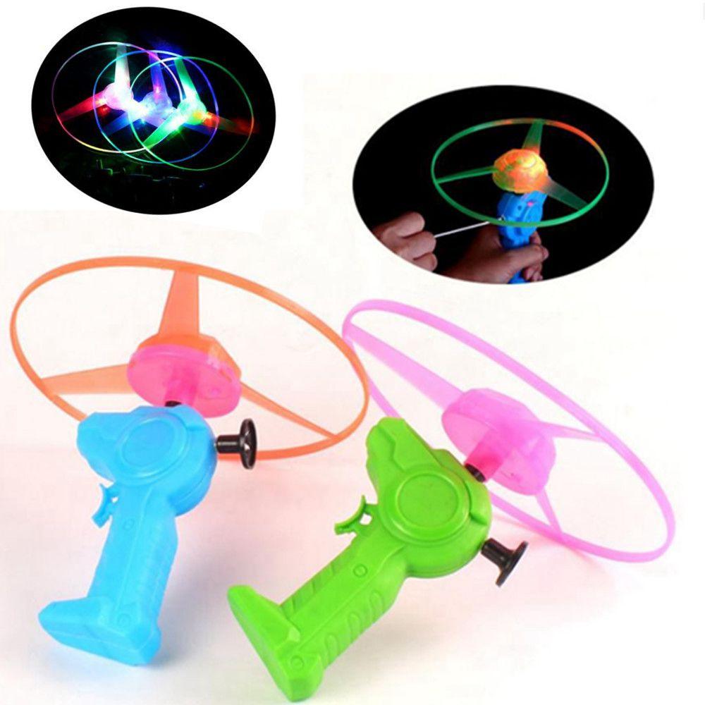 1 Uds. Ala Flash de luz LED propulsor de helicóptero con lanzador Fly The Sky luminosas de noche juegos al aire libre regalo chico|Figuras de juguete y acción|   - AliExpress