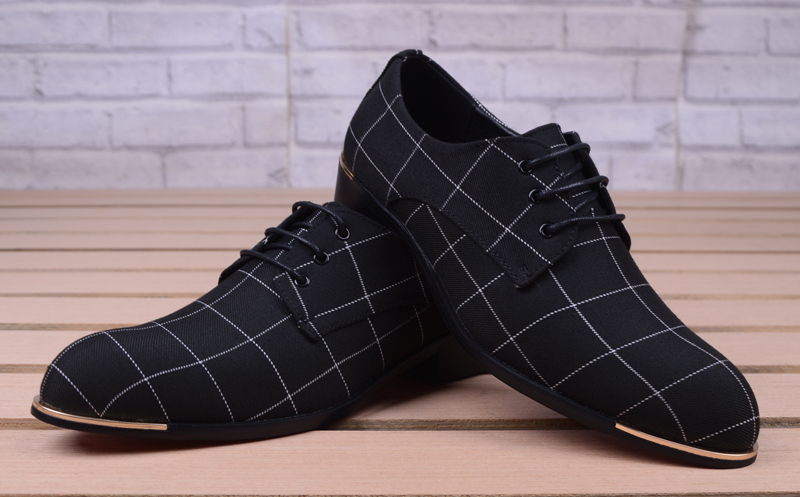 Men Classic Business Shoes Man Dress Shoes Fashion Korea Pointed Toe Lace-Up Formal Wedding Shoes Men Black Lattice 2020 New
