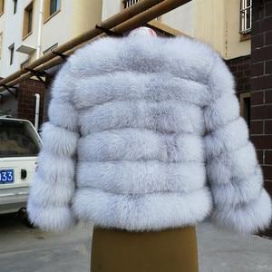 Image 2 - 2019 ผู้หญิงธรรมชาติ Blue Fox FUR Coat แจ็คเก็ตสั้นหนาของแท้ฤดูหนาวหรูหราสำหรับ grils outerwear กับแขน