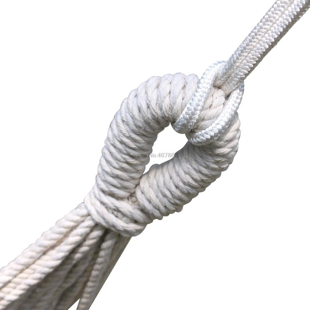 borla dupla rede grande está processando a mobília do pátio