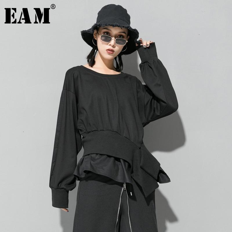 [EAM] Women Cross Split Joint Asymmetrical Big Size T-shirt New Round Neck Long Sleeve  Fashion Tide  Spring Autumn 2020 1D718