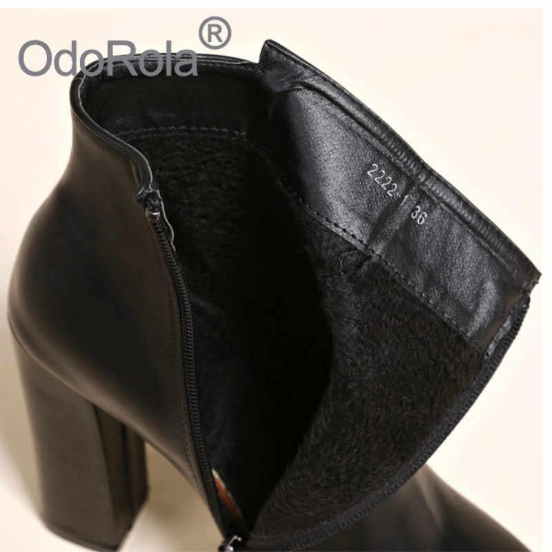 2020 nouvelles femmes bottes plate-forme à talons hauts bottines britannique femelle noir pompes chaussons chaud Slim en cuir chaussures Martin bottes