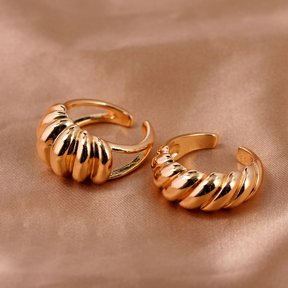 Женские открытые кольца just feel из металла золотистого цвета