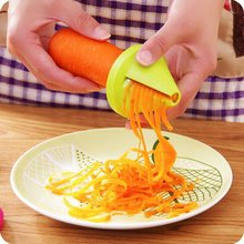 Multifunctional Spiral Design Home Kitchen Small Size Portable Vegetable Fruit Slicers Cutter Cucumber Potato Carrot Grater