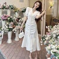 Sommer Neue Design Gefühl V-ausschnitt Plissiert Temperament Midi Kleid Hohe Taille Abnehmen Schlitz Fischschwanz Kleid für Frauen