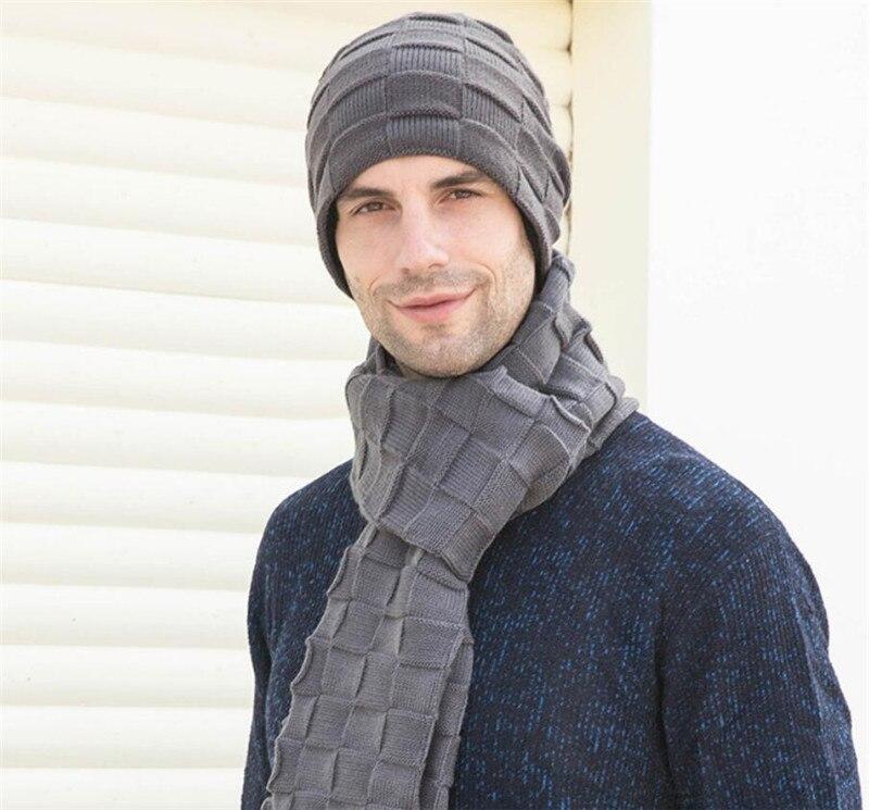 Chapeau écharpes et écran tactile gants