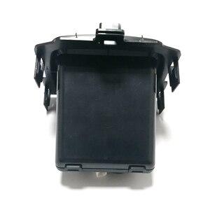 Image 4 - 10w wirless qi carregador de carro sem fio do telefone móvel carregador rápido carregamento acessórios para buick regal 2017 2018