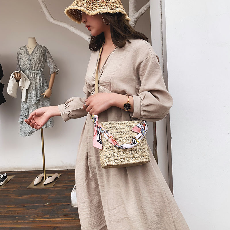 Straw Bucket Bags with Leather Strap for Women 2021