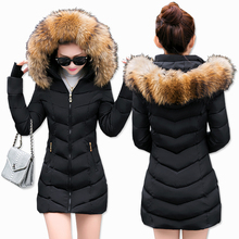 Chaqueta de invierno a la moda mujer Cinturón de piel grande con capucha gruesa Parkas X-Long chaqueta femenina abrigo Delgado cálido invierno outwear 2019 nuevo