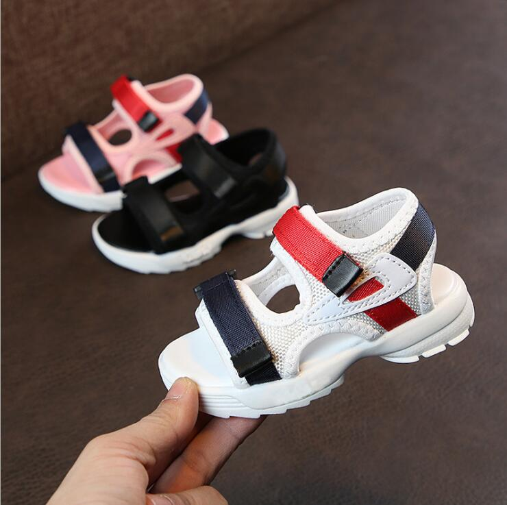 Filles garçons marques d'été sandales enfants semelle souple sandales de plage anti-dérapant confortable mignon enfants chaussures de Sport enfants baskets