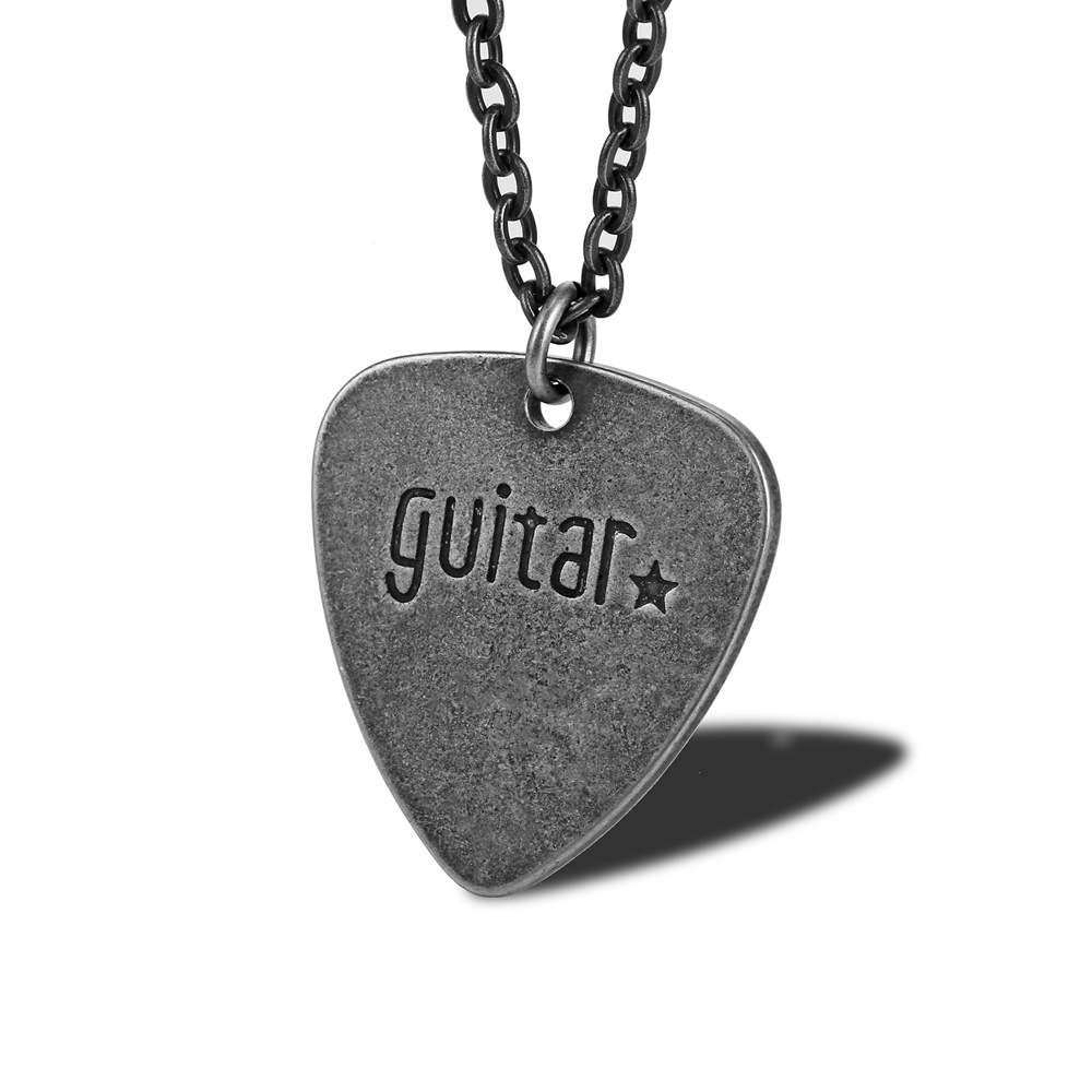 Guitar Pick Retro Necklace Rock And Roll Band Fashion Men And Women Musical Instrument Parts Pendant Titanium Steel Sweater Chai