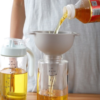 4 In 1 Kitchen Funnel Kit Oil Funnel Strainer Oil Water Spices Wine Flask Filter Funnel Plastic Kitchen Accessories
