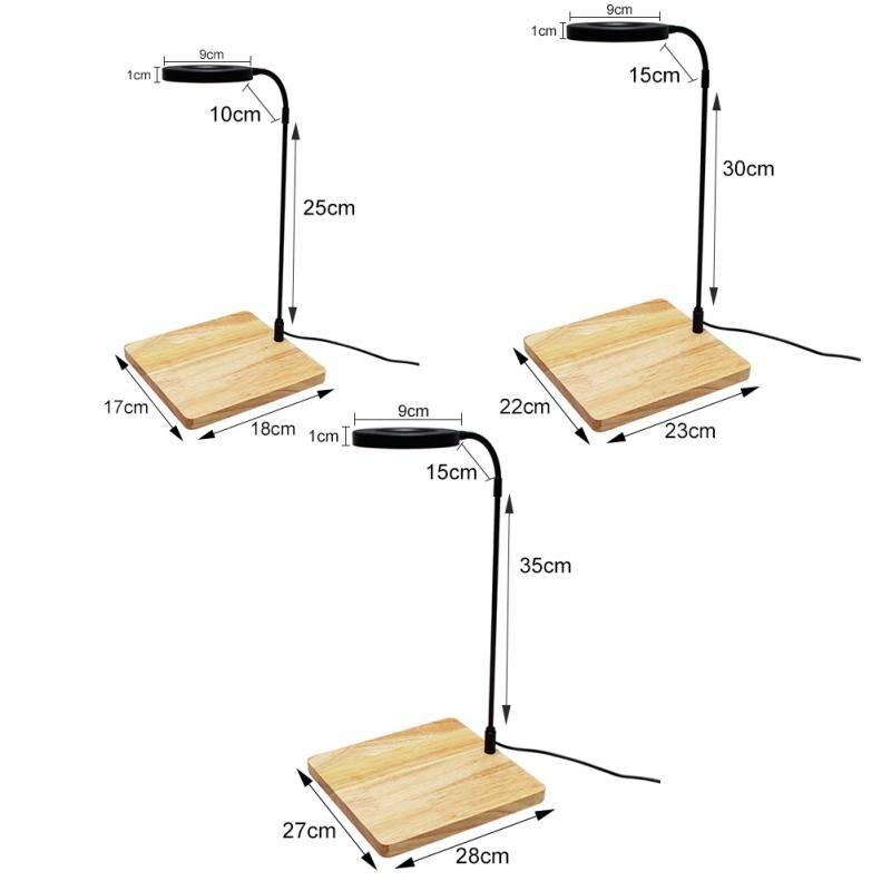 Casa com placa de madeira vasos de