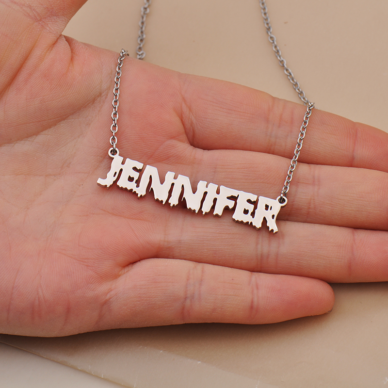 name necklace 4