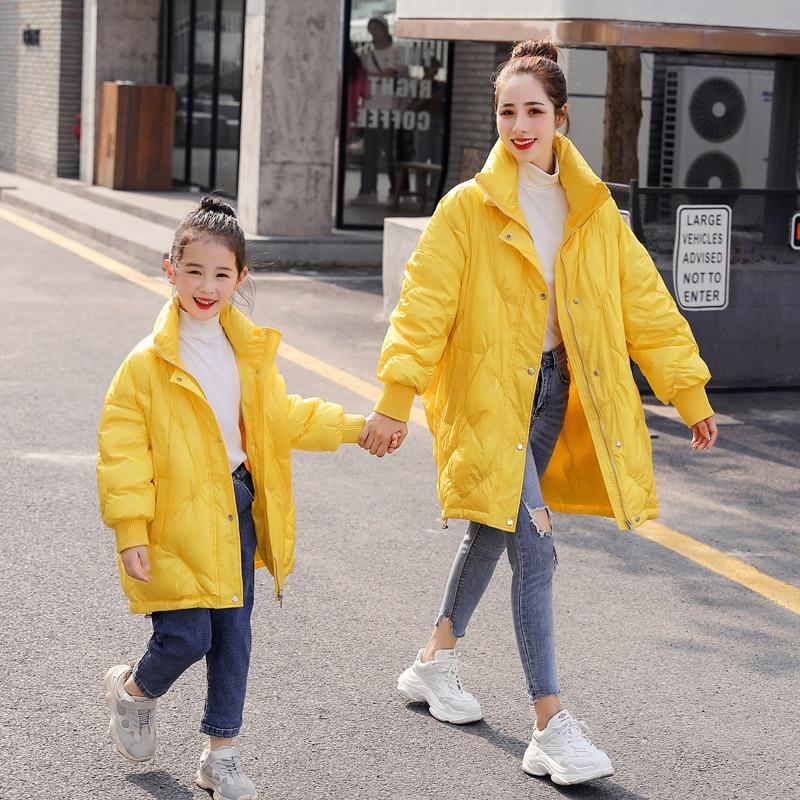 WLG/Семейные комплекты; пуховики для мамы и дочки; 90% белый пуховик на утином пуху; длинное Стильное желтое темно-синее пуховое пальто