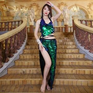 Image 5 - Frauen Bauchtanz Kostüm Set 2 stücke Bh Rock Sexy Pailletten Hüfte Schal Leistung Kleidung Tanzen Kleid Kleidung Bauchtanz Anzüge