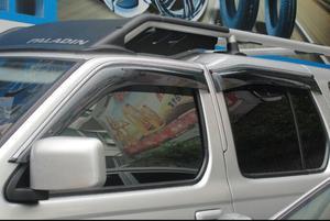 Image 4 - منحرف نافذة جانبية لتشنغتشو نيسان بالادين Oting الاكريليك الأسود نافذة درع الشمس المطر منحرف الحرس SUNZ