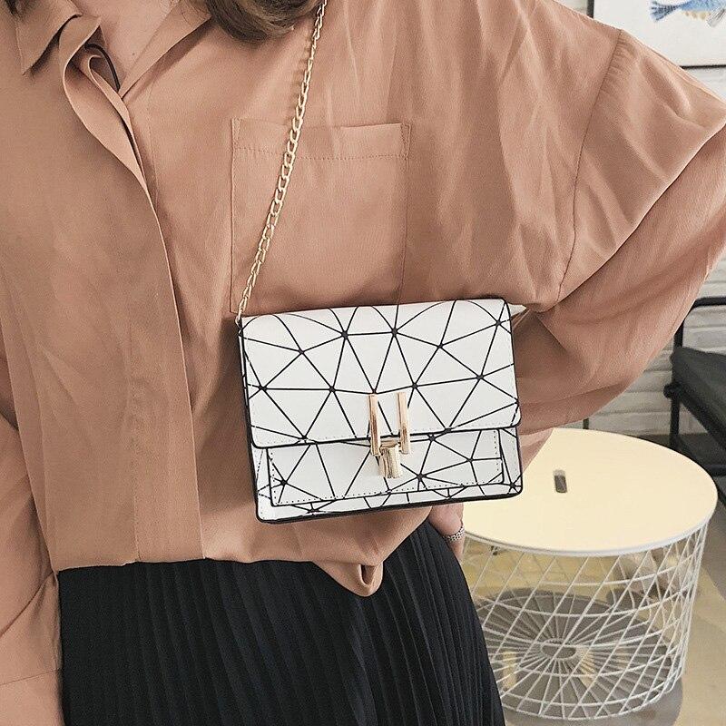Women Fashion Shoulder Messenger Bags Ladies Geometric Plaid Crossbody Handbag Female Mini Flap Bag New Korean Style Tote SS0425 (10)