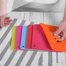 1PC Durable Silicone Non-slip Heat Resistant Mat Coaster Cushion Coffee Placemat Pot Holder Table Mats Kitchen Accessories fashion waterproof oil heat resistant marble stripe placemat rectangle table mat drink coaster tableware kitchen accessories