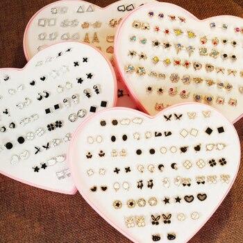 Luokey-pendientes de tuerca coreanos únicos para Mujer, corazón pequeño, Luna, flor, cristal,...