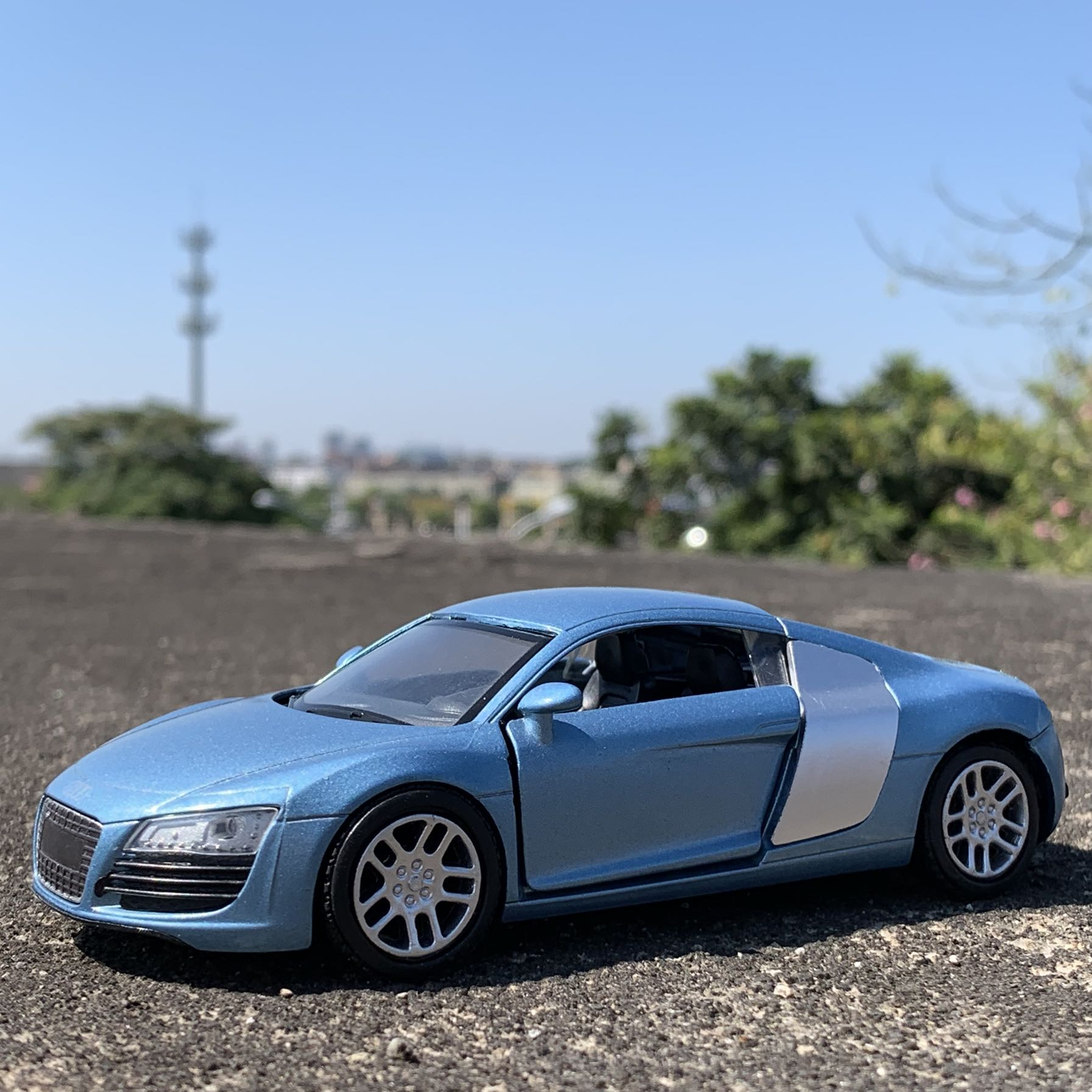 1:32 alloy model car for Audi R8 14cm long image