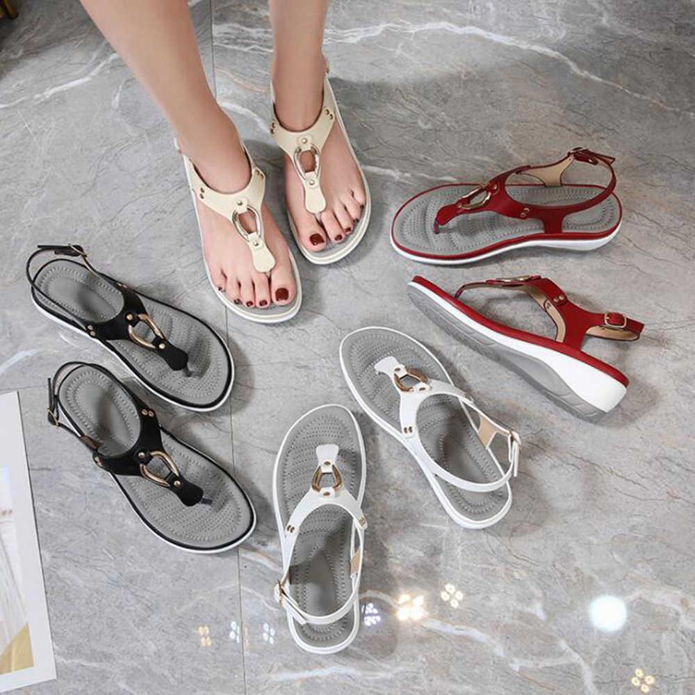 Yaz kadın Bohemian moda Metal dekorasyon düz sandalet kadın rahat plaj sandaletleri bayan ayakkabıları sandalia feminina hy365