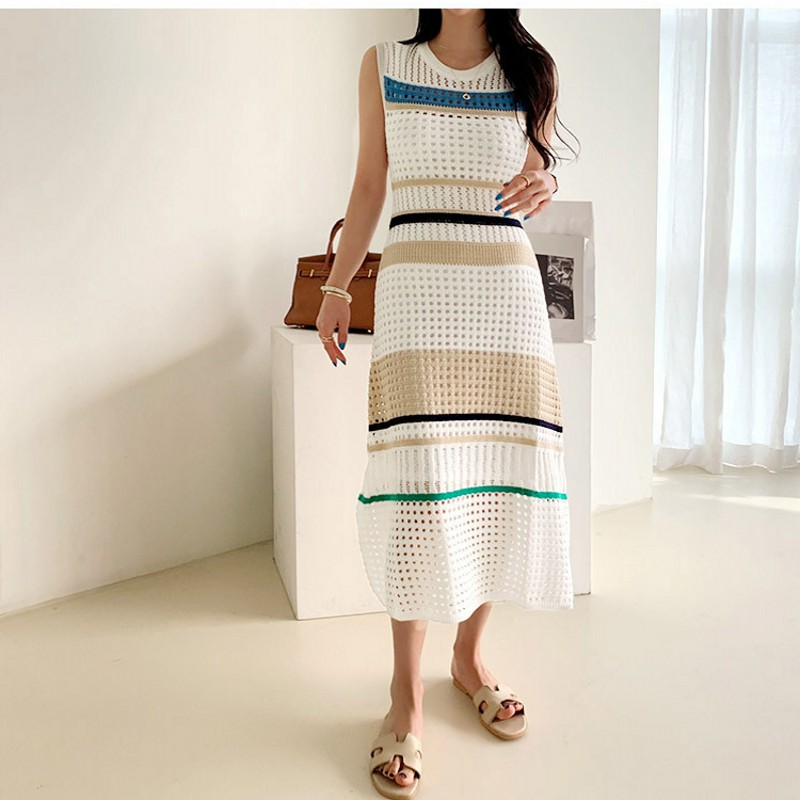 New Arrival Runway Chic Elegant Knitting Sweater Casual Dress Hollow Out Knitted High End Stretch Vintage Stripe Dresses Vestido