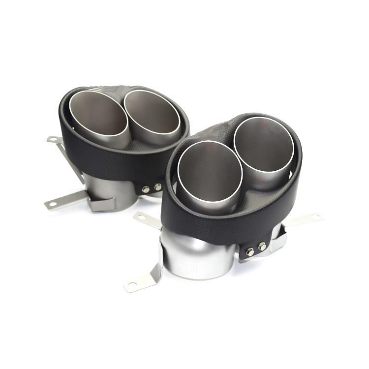 Venda quente Um par de quatro Akrapovic escape tubo de escape ponta silenciador cauda traseira do carro de fibra de carbono para Audi RS6