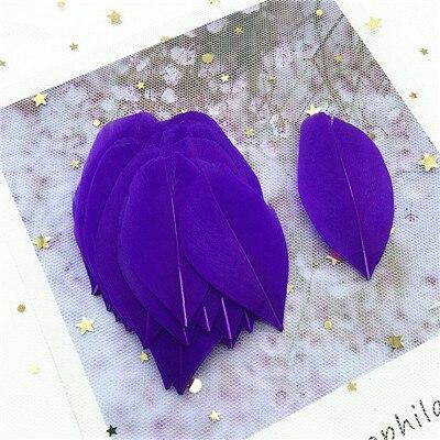 Натуральные гусиные перья 4-8 см, многоцветные белые перья, поделки своими руками, украшения для свадебной вечеринки, аксессуары, 50 шт - Цвет: dark purple 50pcs