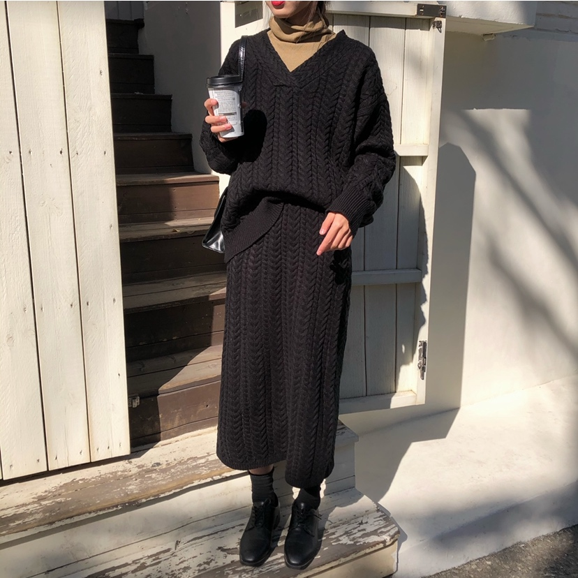 He02e26e322b6437a8d56ab914305c452B - Autumn / Winter V-Neck Loose Jumper and Elastic Solid Midi Skirt