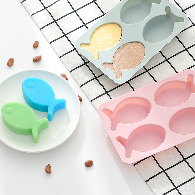 Silicone rice cake cake baking mold 4 cute fish Handmade soap cake decorations Chocolate mould  chocolate mold