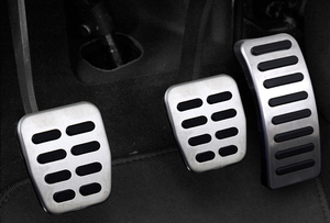 Image 4 - Stainless Car pedal Cover For Volkswagen VW Ibiza 6K 6L 6J Skoda Fabia Polo 9N 6R Bora Golf MK4 IV Clutch Gas Brake pedals Pads