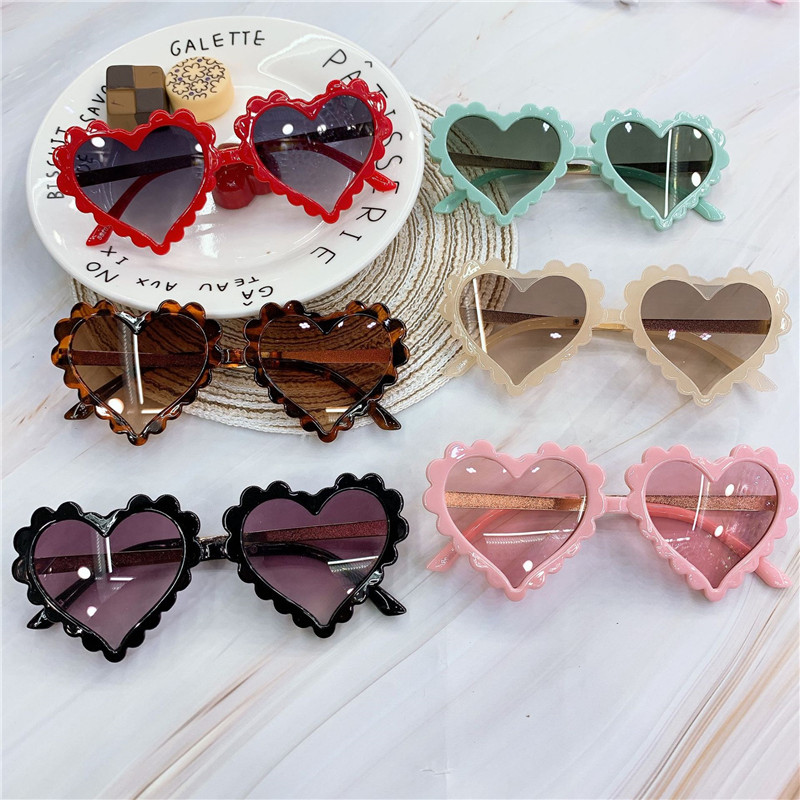 Baby 2020 Heart Kids Sunglasses Fashion New Love Plastic Pink Sun Glasses Girls Boys UV400 Sunglasses Okulry Oculos