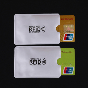 Image 2 - 10 Stks/partij Anti Rfid Blocking Reader Lock Bank Kaarthouder Id Bank Card Case Rfid Bescherming Metalen Credit Kaarthouder aluminium