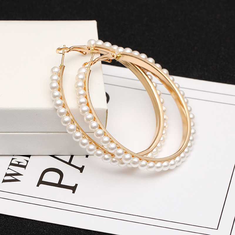 Europe And The United States 2019 New Hot Sale Geometric Exaggerated Pearl Big Circle Pendant Women's Earrings Fashion Jewelry