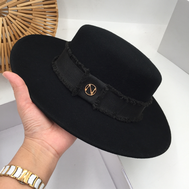 In Europe And The British Classic Black Hat Wool Fashion Female Party Stage Tide Flat Hat Fedora