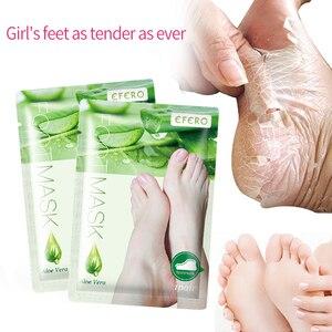 Image 2 - אלוורה מסכת רגל קילוף לרגליים רגליים מסכה לשפשף פילינג גרבי עבור פדיקור אנטי סדק העקב להסיר עור רגל תיקון